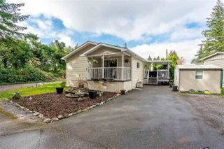 """Main Photo: 17 20071 24 Avenue in Langley: Brookswood Langley Manufactured Home for sale in """"Fernridge Estates"""" : MLS®# R2388284"""