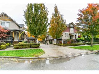 "Photo 2: 42 16789 60 Avenue in Surrey: Cloverdale BC Townhouse for sale in ""Laredo"" (Cloverdale)  : MLS®# R2414492"