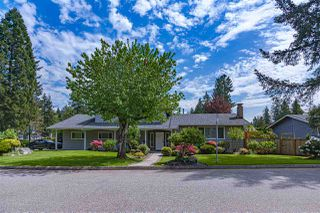 Photo 3: 3240 WILLIAM Avenue in North Vancouver: Lynn Valley House for sale : MLS®# R2455746