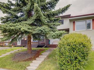 Main Photo: 1422 RANCHLANDS Way NW in Calgary: Ranchlands Row/Townhouse for sale : MLS®# A1009081
