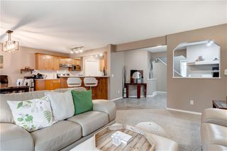 Photo 6: 65 COUGARSTONE Circle SW in Calgary: Cougar Ridge Detached for sale : MLS®# A1011643