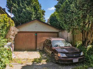 Photo 16: 803 E 24TH Avenue in Vancouver: Fraser VE House for sale (Vancouver East)  : MLS®# R2477891