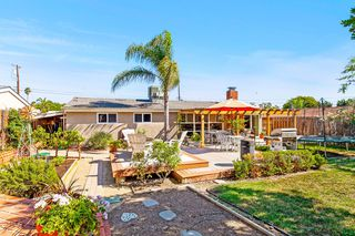 Photo 26: SERRA MESA House for sale : 3 bedrooms : 2516 Raymell Dr in San Diego