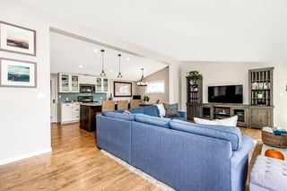 Photo 10: SERRA MESA House for sale : 3 bedrooms : 2516 Raymell Dr in San Diego