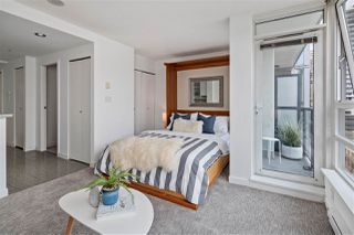 """Photo 3: 1506 928 BEATTY Street in Vancouver: Yaletown Condo for sale in """"THE MAX"""" (Vancouver West)  : MLS®# R2515933"""