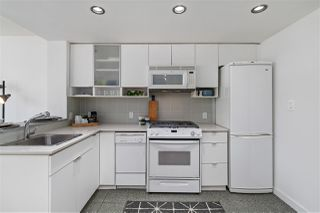 """Photo 10: 1506 928 BEATTY Street in Vancouver: Yaletown Condo for sale in """"THE MAX"""" (Vancouver West)  : MLS®# R2515933"""