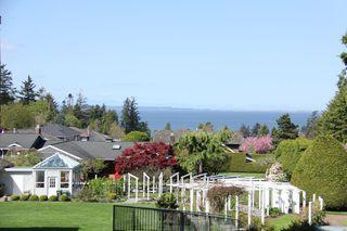 "Photo 8: 308 1725 128 Street in Surrey: Crescent Bch Ocean Pk. Condo for sale in ""OCEAN PARK GARDENS"" (South Surrey White Rock)  : MLS®# R2516824"