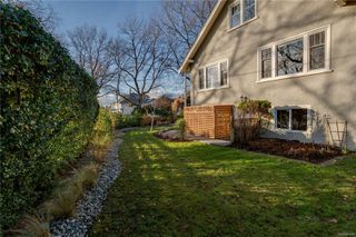 Photo 44: 1642 Hollywood Cres in : Vi Fairfield East House for sale (Victoria)  : MLS®# 861065