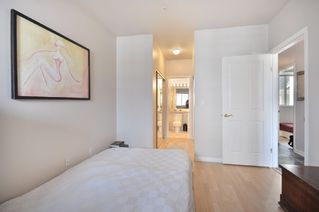 "Photo 6: 305 2588 ALDER Street in Vancouver: Fairview VW Condo for sale in ""BOLLERT PLACE"" (Vancouver West)  : MLS®# V877184"
