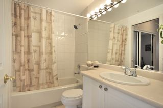 "Photo 5: 305 2588 ALDER Street in Vancouver: Fairview VW Condo for sale in ""BOLLERT PLACE"" (Vancouver West)  : MLS®# V877184"