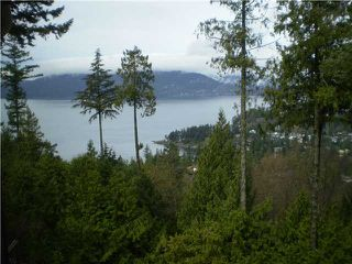 Photo 3: 5335 MONTE BRE Crescent in West Vancouver: Upper Caulfeild House for sale : MLS®# V879527