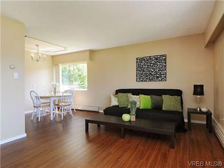Photo 4: 202 1680 Poplar Ave in VICTORIA: SE Mt Tolmie Condo for sale (Saanich East)  : MLS®# 654377