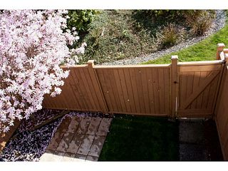 """Photo 13: 86 27272 32ND Avenue in Langley: Aldergrove Langley Townhouse for sale in """"TWIN FIRS"""" : MLS®# F1409011"""