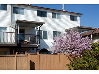 "Photo 14: 86 27272 32ND Avenue in Langley: Aldergrove Langley Townhouse for sale in ""TWIN FIRS"" : MLS®# F1409011"