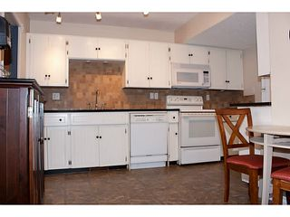 """Photo 4: 86 27272 32ND Avenue in Langley: Aldergrove Langley Townhouse for sale in """"TWIN FIRS"""" : MLS®# F1409011"""