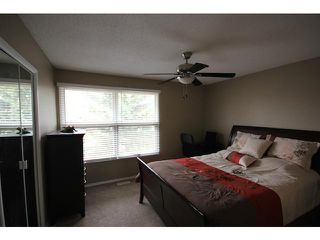 Photo 13: 53 123 QUEENSLAND Drive SE in CALGARY: Queensland Townhouse for sale (Calgary)  : MLS®# C3610862