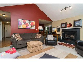 """Photo 3: 312 230 MOWAT Street in New Westminster: Uptown NW Condo for sale in """"HILL POINTE"""" : MLS®# V1096327"""