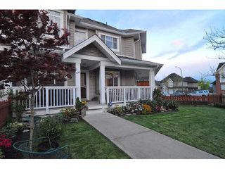 """Photo 1: 66 6852 193RD Street in Surrey: Clayton Townhouse for sale in """"Indigo"""" (Cloverdale)  : MLS®# F1431505"""