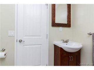 Photo 14: 2706 Richmond Rd in VICTORIA: Vi Jubilee Single Family Detached for sale (Victoria)  : MLS®# 693111