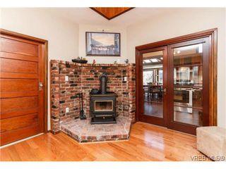 Photo 5: 2706 Richmond Rd in VICTORIA: Vi Jubilee Single Family Detached for sale (Victoria)  : MLS®# 693111
