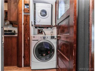 Photo 10: 2706 Richmond Rd in VICTORIA: Vi Jubilee Single Family Detached for sale (Victoria)  : MLS®# 693111