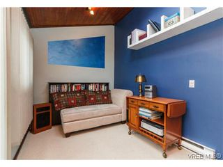 Photo 16: 2706 Richmond Rd in VICTORIA: Vi Jubilee Single Family Detached for sale (Victoria)  : MLS®# 693111