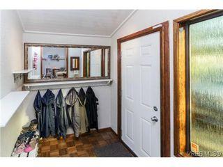 Photo 3: 2706 Richmond Rd in VICTORIA: Vi Jubilee House for sale (Victoria)  : MLS®# 693111