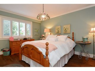 """Photo 10: 12657 14B Avenue in Surrey: Crescent Bch Ocean Pk. House for sale in """"Ocean Park"""" (South Surrey White Rock)  : MLS®# F1433751"""