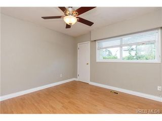 Photo 9: 1126 Loenholm Rd in VICTORIA: SW Northridge House for sale (Saanich West)  : MLS®# 712768