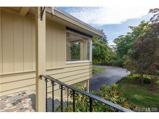 Photo 2: 1126 Loenholm Rd in VICTORIA: SW Northridge House for sale (Saanich West)  : MLS®# 712768