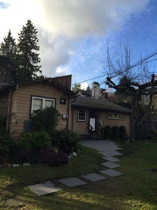"Photo 2: 931 22ND Street in West Vancouver: Dundarave House for sale in ""DUNDARAVE"" : MLS®# R2035466"
