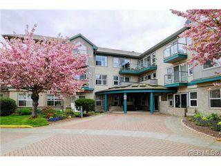 Photo 1: 311 1485 Garnet Road in VICTORIA: SE Cedar Hill Condo Apartment for sale (Saanich East)  : MLS®# 363278