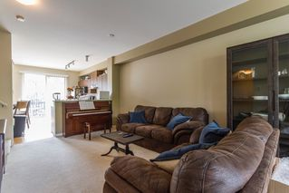 "Photo 2: 97 100 KLAHANIE Drive in Port Moody: Port Moody Centre Townhouse for sale in ""Indigo"" : MLS®# R2075221"