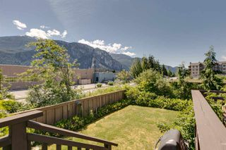 """Photo 12: 1272 STONEMOUNT Place in Squamish: Downtown SQ Townhouse for sale in """"Eaglewind - Streams"""" : MLS®# R2075437"""