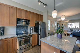 """Photo 3: 1272 STONEMOUNT Place in Squamish: Downtown SQ Townhouse for sale in """"Eaglewind - Streams"""" : MLS®# R2075437"""