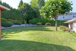 """Photo 4: 4646 215B Street in Langley: Murrayville House for sale in """"Murrayville"""" : MLS®# R2086032"""