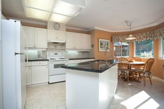 """Photo 9: 4646 215B Street in Langley: Murrayville House for sale in """"Murrayville"""" : MLS®# R2086032"""