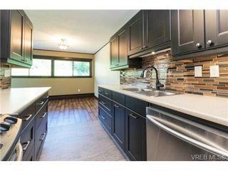 Photo 9: 208 1000 Esquimalt Road in VICTORIA: Es Old Esquimalt Condo Apartment for sale (Esquimalt)  : MLS®# 367255