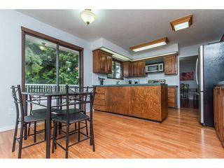 Photo 5: 19750 48 Avenue in Langley: Langley City House for sale : MLS®# R2098843