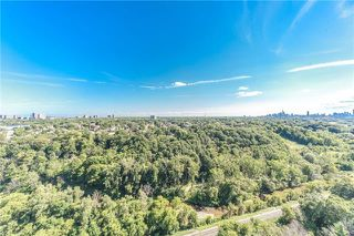 Photo 16: Ph 5 60 Pavane Linkway Way in Toronto: Flemingdon Park Condo for sale (Toronto C11)  : MLS®# C3573843
