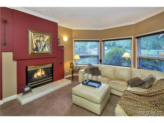 Photo 11: 4961 Lochside Dr in VICTORIA: SE Cordova Bay House for sale (Saanich East)  : MLS®# 740822