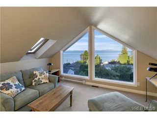 Photo 12: 4961 Lochside Dr in VICTORIA: SE Cordova Bay House for sale (Saanich East)  : MLS®# 740822