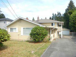 Photo 2: 12276 206 Street in Maple Ridge: Northwest Maple Ridge House for sale : MLS®# R2104446