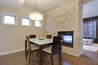 Photo 4: 2 36 Street SW in Calgary: Duplex for sale : MLS®# C3641142