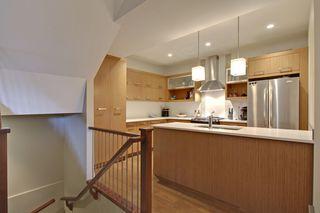 Photo 5: 2 36 Street SW in Calgary: Duplex for sale : MLS®# C3641142