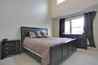 Photo 12: 2 36 Street SW in Calgary: Duplex for sale : MLS®# C3641142
