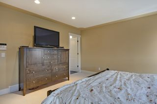 Photo 12: 147 Discovery Ridge Way SW in Calgary: 2 Storey for sale : MLS®# C3618170