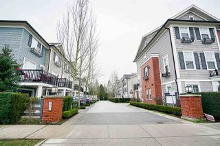 "Photo 3: 75 7233 189 Street in Surrey: Clayton Townhouse for sale in ""The Tate"" (Cloverdale)  : MLS®# R2133766"