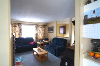 """Photo 3: 2748 WARREN Place in Langley: Willoughby Heights House for sale in """"LANGLEY MEADOWS"""" : MLS®# R2136796"""