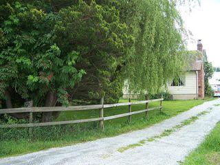 Photo 2: 25928 16th Avenue in Aldergrove: Home for sale : MLS®# F2806668